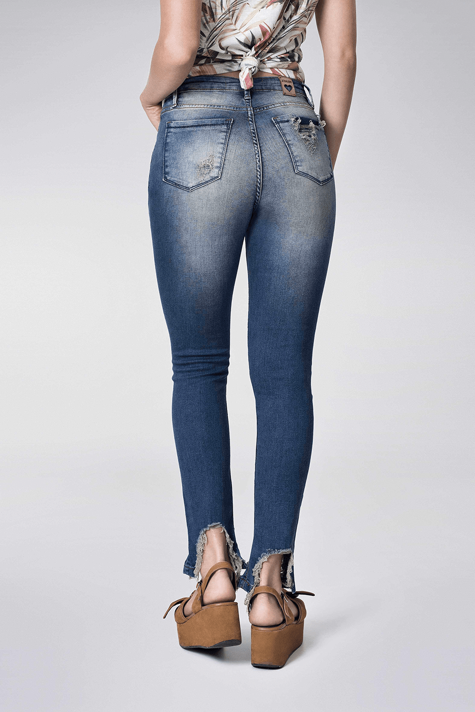CROPPED: 21031